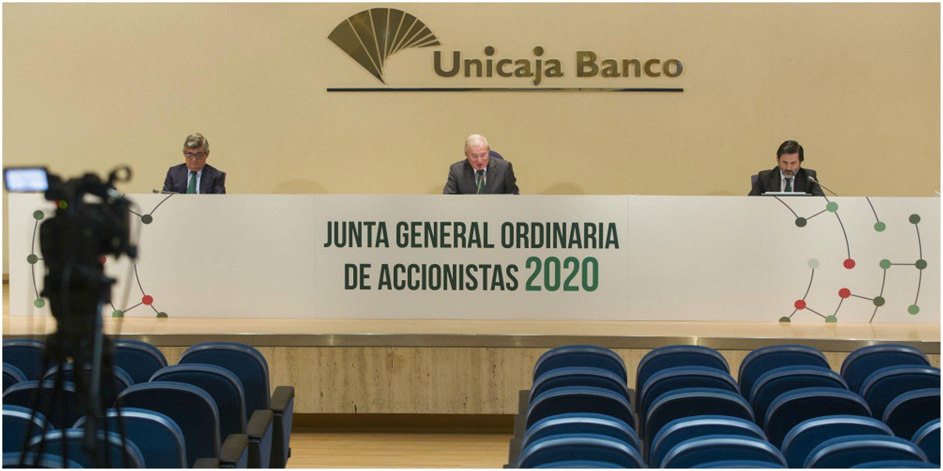 Junta Unicaja. Tras la fusión fallida con Liberbank, Azuaga no quiere más sustos