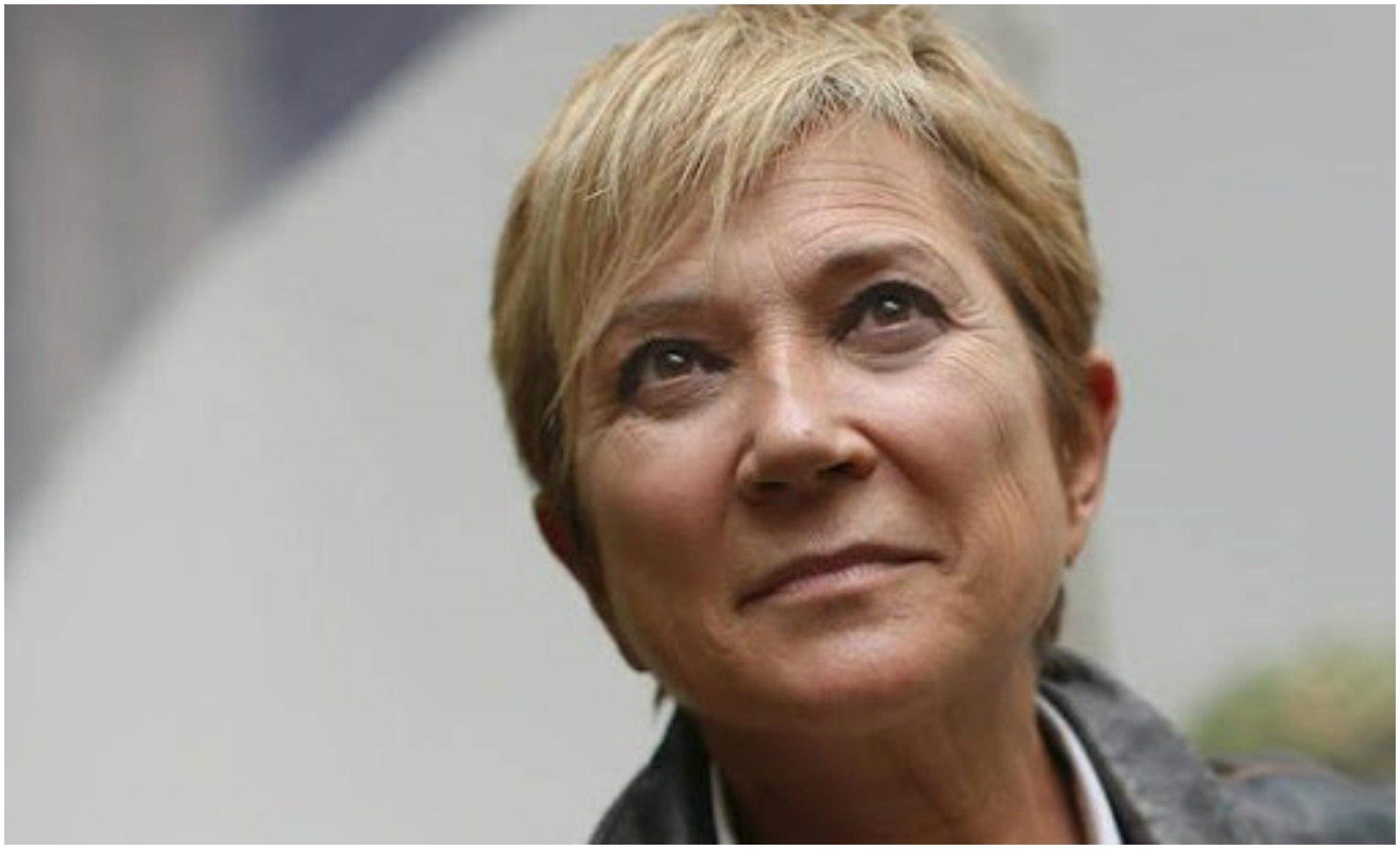 Menos mal que todavía hay gente solidaria que quiere cuidar a los abuelitos... pero, a la presentadora Inés Ballester se lo impiden