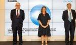 José Bogas, CEO de Endesa; la vicepresidenta Teresa Ribera y Fernando Ruiz, presidente de Deloitte