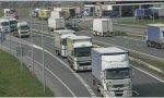 Los alabados transportistas de mercancías durante el Covid convocan huelga