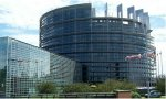 El Parlamento europeo castiga a Polonia cerrando el grifo de fondos europeos… que son de todos