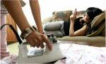 Un hijo amenaza a su padre por buscarle trabajo: quería seguir durmiendo...