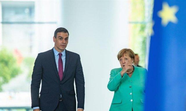 Pedro Sánchez no tiene contenta a Angela Merkel