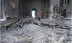Los musulmanes pro-turcos bombardean una catedral cristiana de Armenia