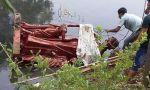 India. Un grupo de fundamentalistas hindúes  rompe y tira al río una estatua  de San Juan Bosco