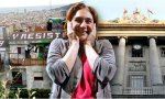 Barcelona. Si denuncias a Colau por defender a los okupas... 417.000 euros de multa