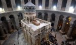 Interior de la iglesia del Santo Sepulcro, edificada sobre el lugar donde según la tradición fue enterrado Jesús