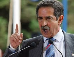 Miguel Ángel Revilla dice que no se deja presionar