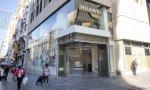 Huawei tiene actualmente seis tiendas en España situadas en Madrid y Barcelona, entre ellas, está la de la Gran Vía de la capital, que se inauguró hace dos años y es la más grande de Europa