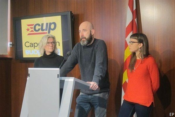 Expropiación catedral de Barcelona. 'Los chicas' de la CUP consiguen que hasta Podemos vote en su contra