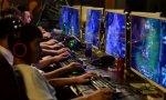 China prohibe jugar más de tres horas a la semana a videojuegos. Mal hecho