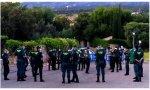 Agentes de la Guardia Civil en los alrededores de la vivienda de Iglesias y Montero