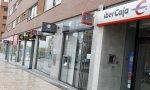 Apenas quedan calles en España en las que se vean varias oficinas bancarias seguidas