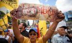 Venezuela, bajo el chavismo: el hambre lleva a la desesperación y a la violencia