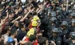Algaradas en Cataluña. Paradojas catalanas: burguesía antisistema y pacifismo violento