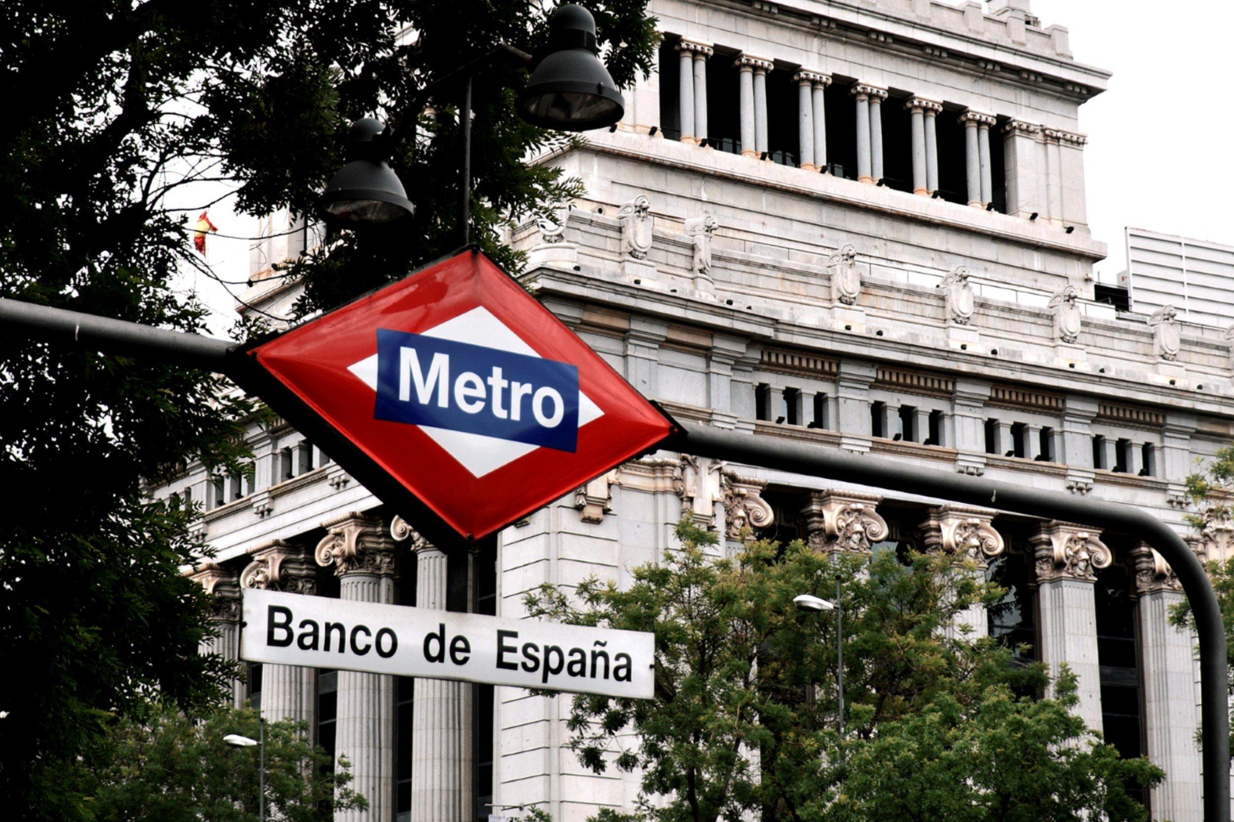 La decisión de Mario Draghi de no subir todavía los tipos de interés ha sentado muy mal en los banqueros españoles