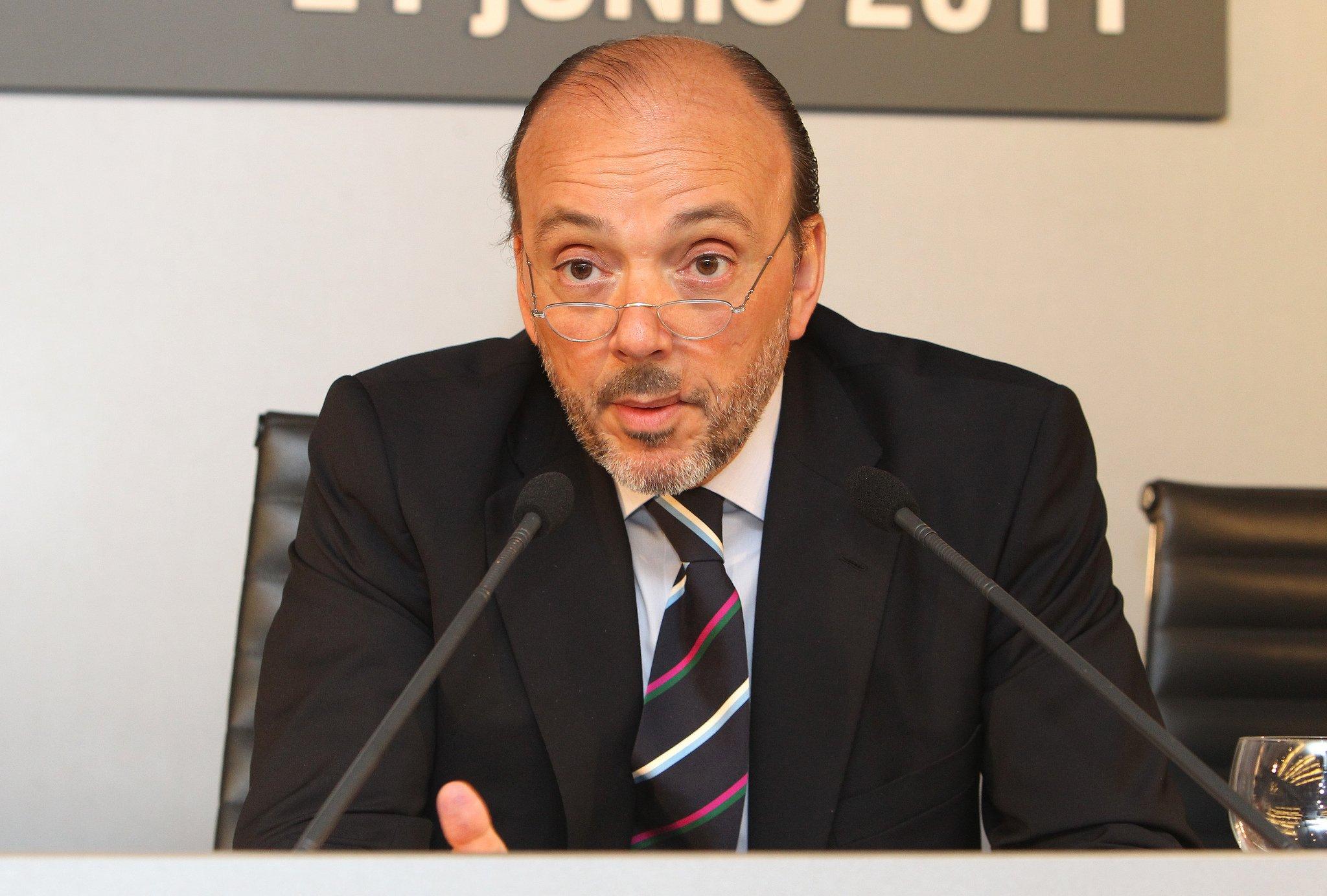 Javier Monzón preside una empresa zombi: debe 1.097 millones, pierde 110 hasta septiembre y solo vale 890 en bolsa