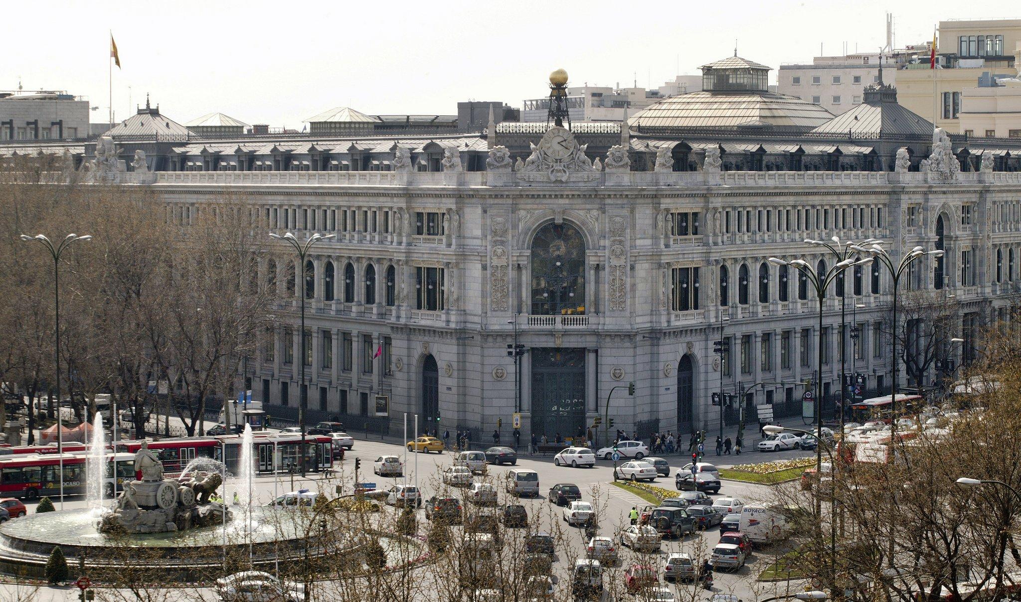 Banco de España: la economía española seguirá creciendo fuerte, pero se ralentiza.