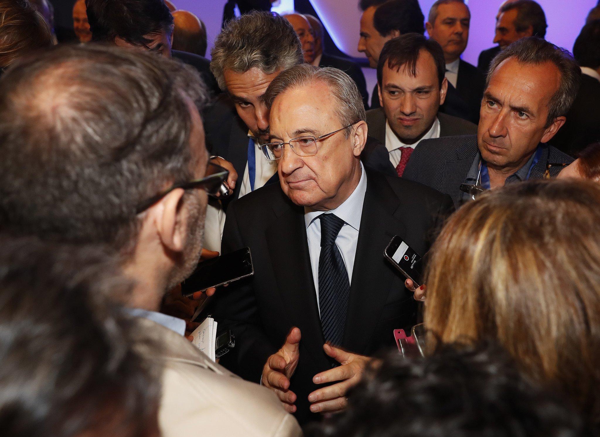 Florentino Pérez atendió a la prensa tras la Junta de Accionistas, el pasado 8 de mayo.
