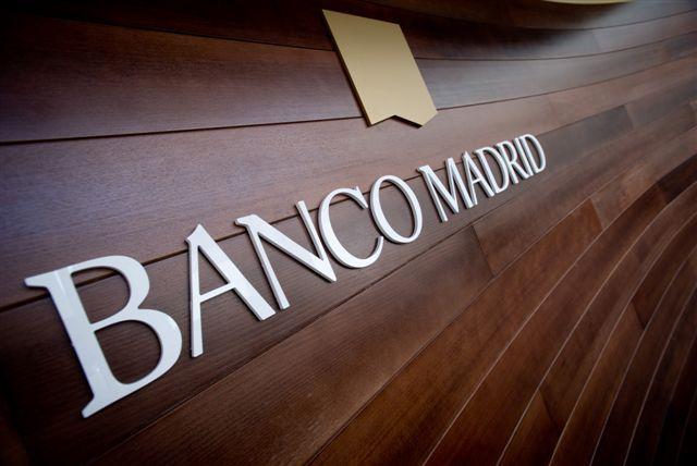 El corralito del Banco Madrid. Los clientes pagan el capricho norteamericano